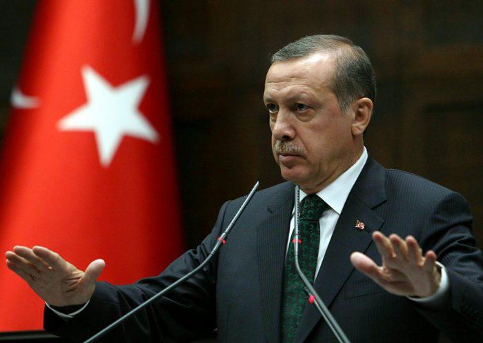 De snor van president Erdogan is een badem-snor (zie deel 1)